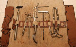 Leather cased set of destructive ob instr. ws
